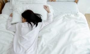 [의료칼럼] 쌓이는 피로에 잠 못 이루는 밤 '수면장애'